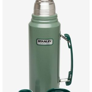 Stanley Thermos Legendary Classic Vacuum insulated